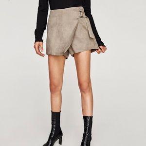 Zara Faux Suede Skort Size Medium